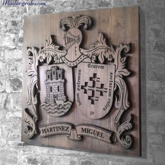 Escudo heraldico de madera